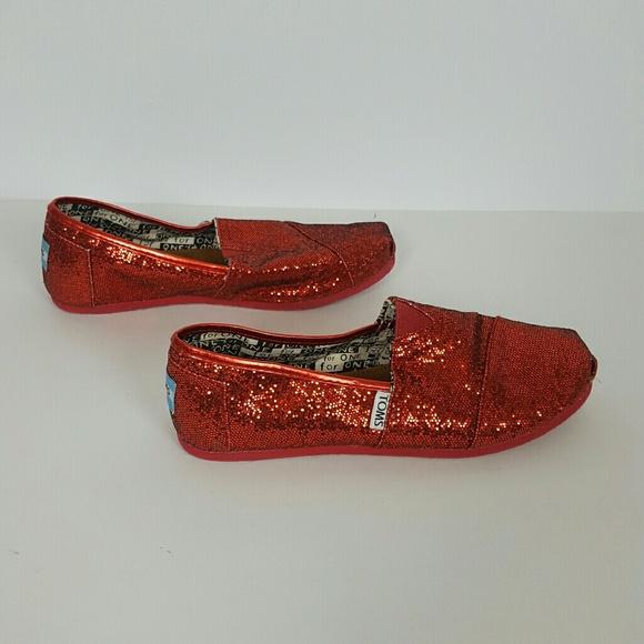 726da26829f TOMS Womens Shimmer Red Glitter Slip On Flats Shoe.  M 5b0b940ac9fcdf81e57b06b2